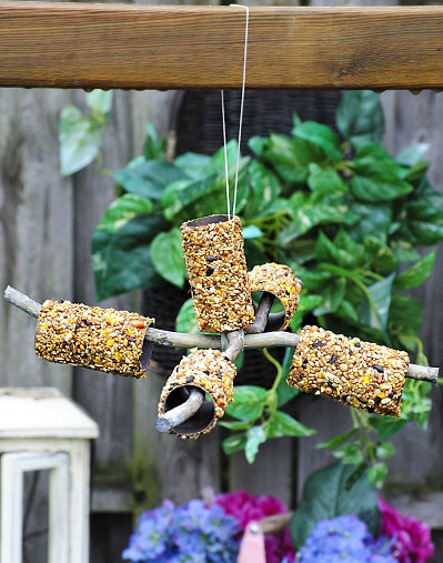 diy, bird feeder, toiletpaper roll craft