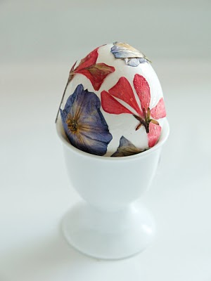 easter eggs, decoupage flowers,