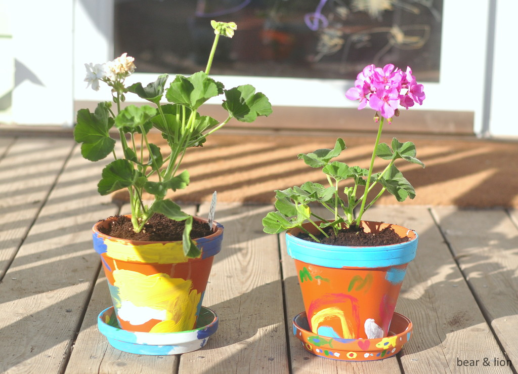 painted flower pots, kids crafts, mother's day, gift ideas, gifts for grandmothers