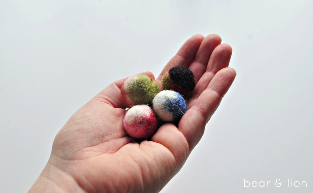 felted balls, make your own felted balls, felting, felt crafts